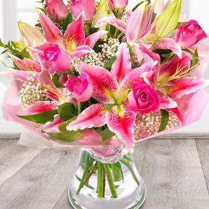 the_flower_shop_bury_florist_wedding_funeral_plants_gifts_valentines_roses_tulips_birthday_admiration