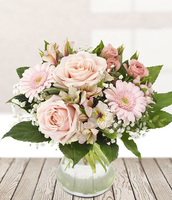 the_flower_shop_bury_florist_wedding_funeral_plants_gifts_valentines_roses_tulips_birthday_adorable