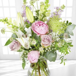 the_flower_shop_bury_florist_wedding_funeral_plants_gifts_valentines_roses_tulips_birthday_arrangement_5