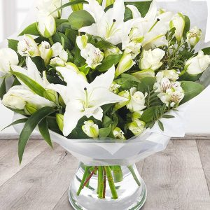 the_flower_shop_bury_florist_wedding_funeral_plants_gifts_valentines_roses_tulips_birthday_arrangement_6