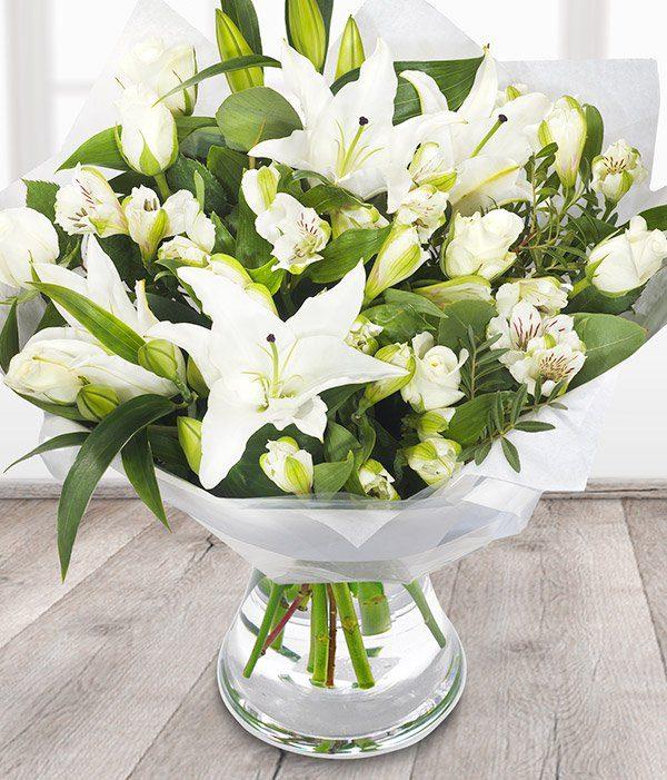 the_flower_shop_bury_florist_wedding_funeral_plants_gifts_valentines_roses_tulips_birthday_arrangement_6