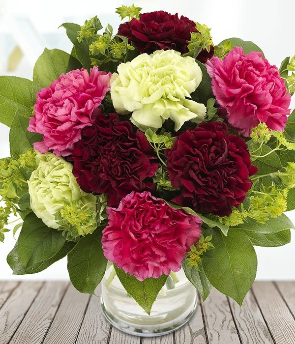 the_flower_shop_bury_florist_wedding_funeral_plants_gifts_valentines_roses_tulips_birthday_new_baby_charming_carnations