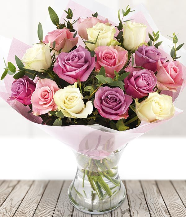 the_flower_shop_bury_florist_wedding_funeral_plants_gifts_valentines_roses_tulips_birthday_pink_cream_roses